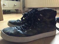 Men's DOLCE & GABBANA shoes (size 10)