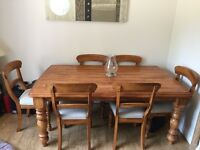 Dining room solid oak table, 6 chairs, grooved top, farmhouse style,