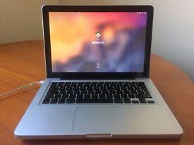 "Apple MacBook 13"" Pro Intel Core 2 Duo Excellent Condition"