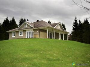 488 000$ - Bungalow à vendre à Lac-Brome