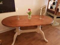 Pine oval farmhouse table