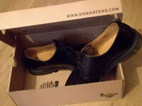 New Dr Martens shoes! Size 9.5