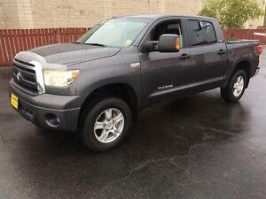 2012 Toyota Tundra SR5, Leather, Rear Sliding Window, 4x4