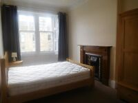 A BRIGHT, SPACIOUS & QUIET 2 DOUBLE BEDROOM FURNISHED FLAT ON TOP FLOOR