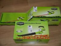 Greenworks Cordless Hedge Trimmer & Cordless Blow Vac -RRP £205- NEW - 2 year warranty - 3 in stock