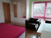 MASSIVE ENSUITE ROOM AVAILABLE SOON! SAVE & AMAZING AREA