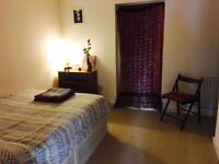 Christmas holiday last minute, double room available in apartment , no contracts,