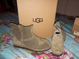 Ugg boots uk size 5.5 brand new