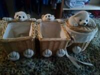 Essential baby holders x3