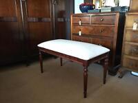 Dressing stool or piano stool