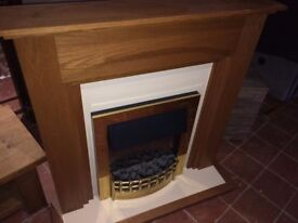 GOLD ELECTRIC FIRE & SURROUND COMPLETE UNIT FIRE WITH DIFFERENT SETTING LOW MEDIUM HIGH DELIVERY