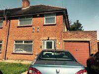 3 bedroom property to rent in Hounslow