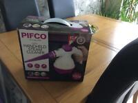 Pifco handheld steamer