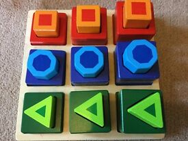 Shape and size sorting puzzle by Melissa and Doug