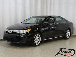 2014 Toyota Camry LE, Toit, Mags