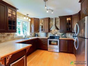 399 000$ - Maison 2 étages à vendre à St-Hyacinthe Saint-Hyacinthe Québec image 3