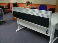 DESK MOUNTED SCREEN - 1600MM WIDE X 400MM HIGH IN BLACK FABRIC