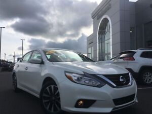 2016 Nissan Altima SV LOW PAYMENT OPTIONS/WE FINANCE