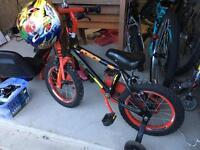 Boys bike age 3-4 plus helmet