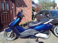 2005 Honda FES Pantheon 125 maxi scooter, runs well, use on CBT, cheap insurance, ride away ,,,