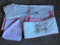 Cot bed bedding set