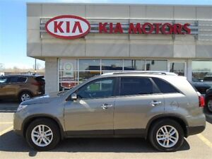 2015 Kia Sorento LX FWD, 1 OWNER & only $59* Weekly!