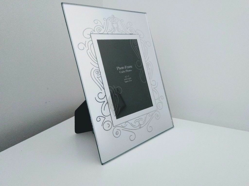 Bedside, Hallway, Living Room Silver Glass Picture Frame - 9 x 13 cm ...