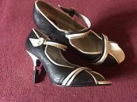 Ben Sherman heels size 6/7