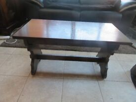 Solid Oak Extending Coffee Table with a Marble Effect Inlay