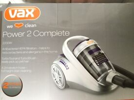 VAX BAGLESS VACUUM CLEANER 2200W HARDLY USED AS GOOD AS NEW