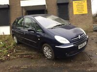 55 Plate Citreon Picasso 1.6 Diesel (top spec)