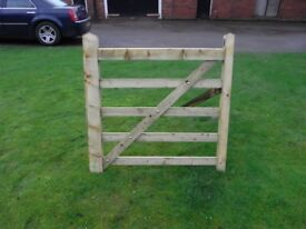 Timber field gate 4ft