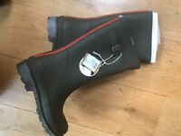 Gorgeous brand new Joules Wellies UK size 3