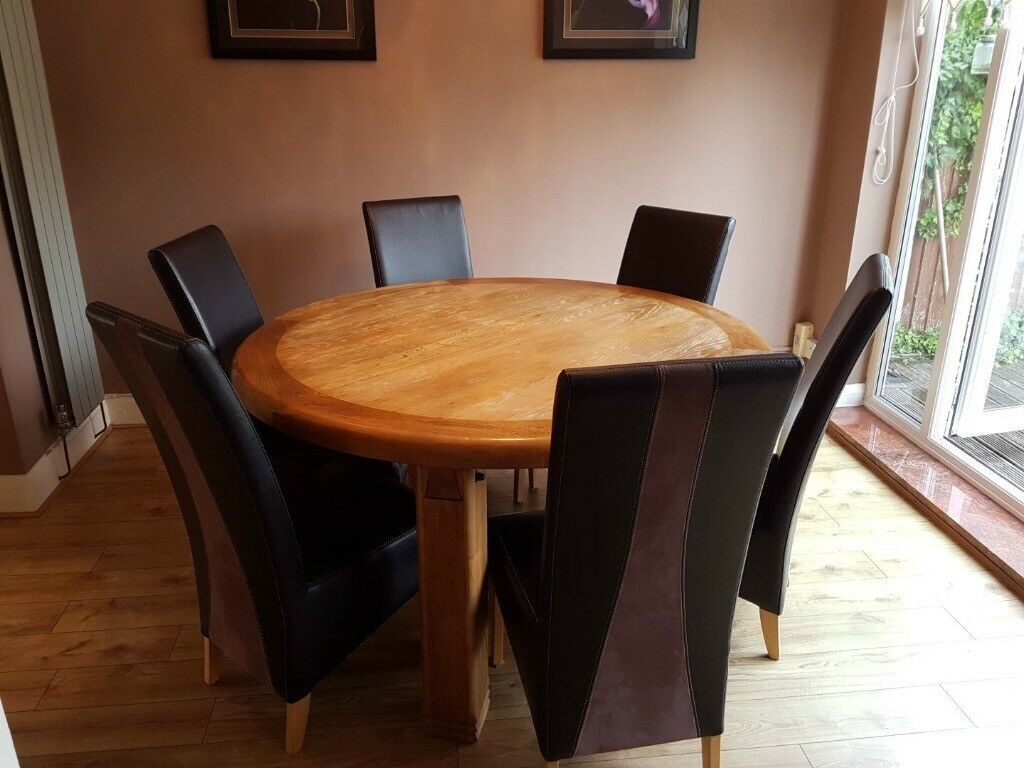 Solid Oak Round Dining Table 6 Brown Leather Suede Chairs