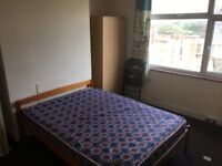 Large room in Uxbridge