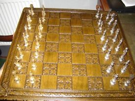 Oak chess board and metal figures