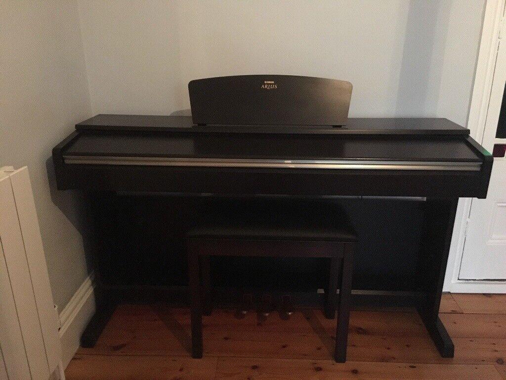 Yamaha Arius Digital Piano YDP-161 And Stool in Dark Rosewood