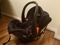 Mamas & papas car seat 0+ as new!!
