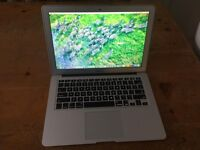 MacBook Air 2012/2013 1.8 ghz 4gb ram 1600mhz 128 SSD comes with original charger