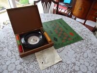 ROULETTE SET WITH LEATHER EFFECT CASE - VINTAGE