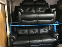 NEW/EX DISPLAY LazBoy Black Leather Recliner 3 Seater + 2 Seater
