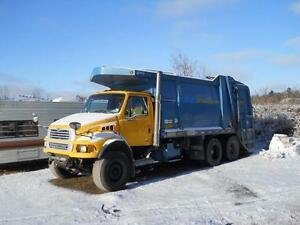2005 Sterling Acterra garbage truck - for parts only
