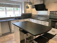 Double rooms in detached bungalow house in Hardwick,Cambridge, newly refurbished, large garden.