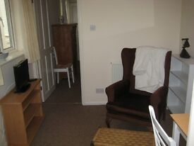 Compton, Winchester, Single Person only,Fully furnished, No DSS £510pcm Winchester, Southampton