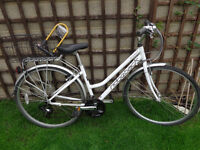 Ridgeback aluminium hybrid bike with strong lock new lights ready to ride can deliver
