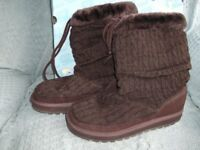BRAND NEW PAIR SKECHERS BOOTS. Size 8