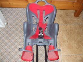 A Bellelli Mr Fox reclining rear child seat.
