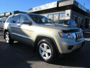 2012 Jeep Grand Cherokee Limited 4x4 (Panoramic Roof, Back up Ca
