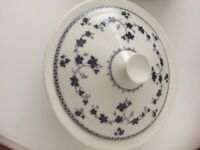 Royal Doulton York Town plates and one Turin