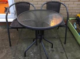 Garden table and 2chars